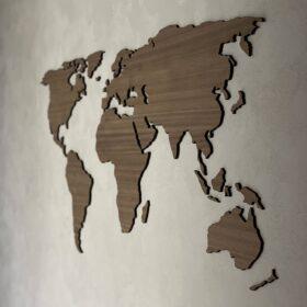 verdenskort i træ valnød