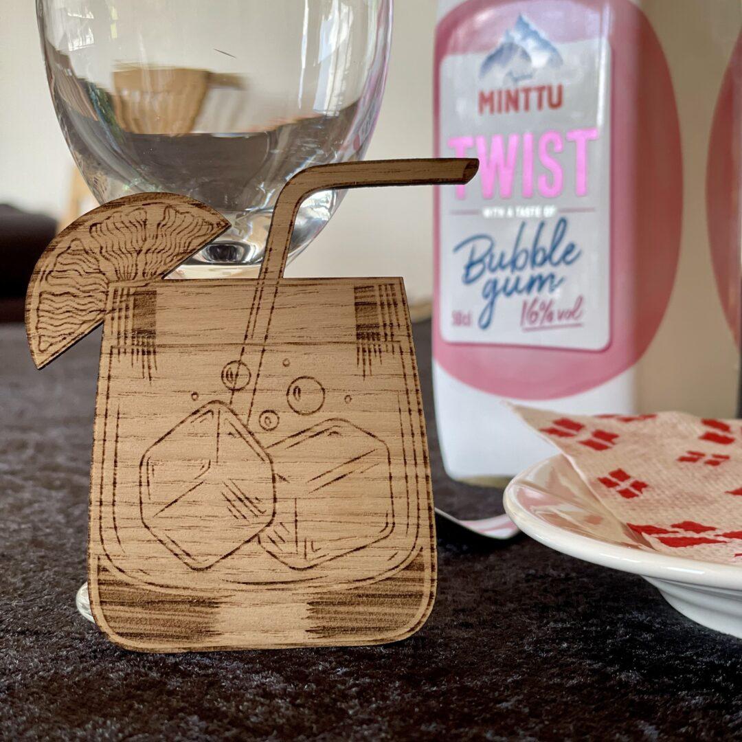 cocktailglas af træ